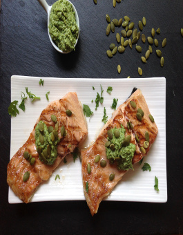 Rose Reisman - Salmon with pumpkin seed pesto