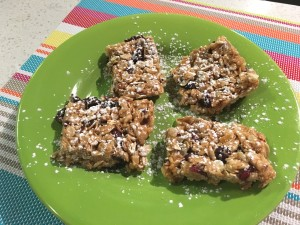 Rush Hour Meals - BT - Oatmeal Cranberry Bars